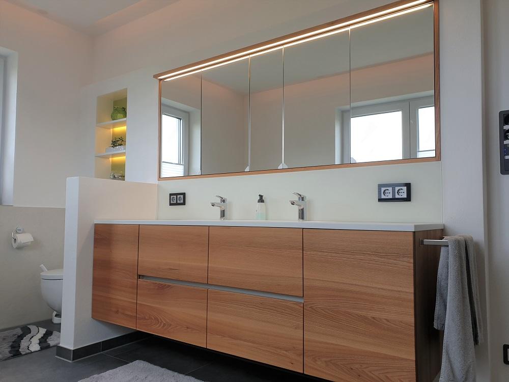 Badezimmer - Möbelschreinerei Konrad